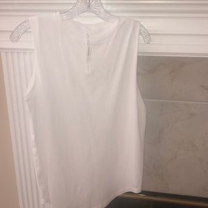 Lululemon size 4 white muscle top